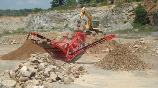 Sandvik QE440 Mobile Scalper