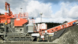 UJ540 Tracked Jaw Crusher
