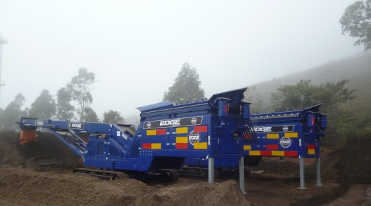 FTS-65 Tracked Feeder