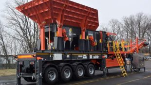 NEW!!! Sandvik UI310+ wheeled impact crusher
