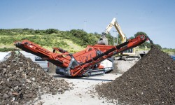 Sandvik QE241 Mobile Scalper